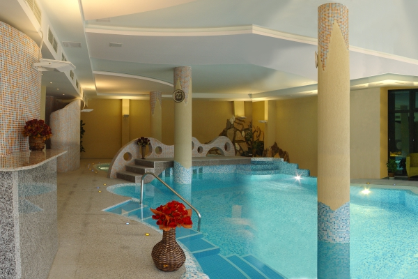 Hotel_Orphey_swimming_pool